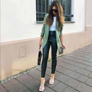 🍂✨HP✨🍂 𝗡𝗪𝗧 𝗭𝗮𝗿𝗮 • Faux Leather Leggings